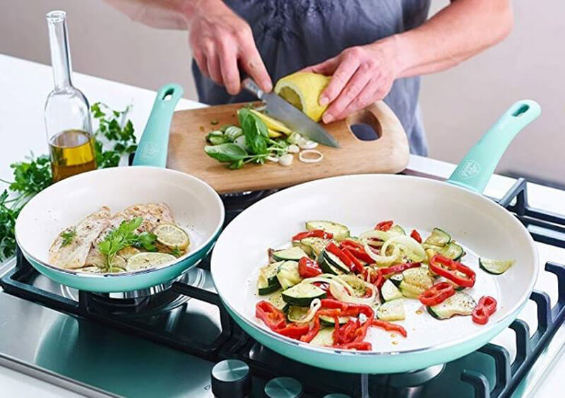Best Non Toxic Cookware 2021: Top Brands Review