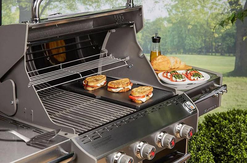 Compare traeger vs weber gas grill