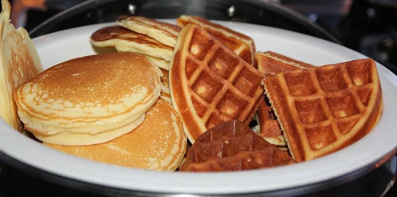 Compare waffles vs pancakes